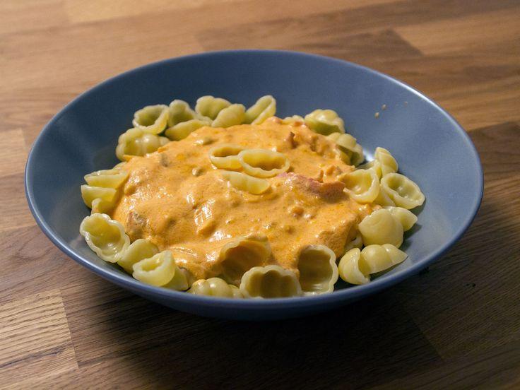 Gnocchi med mamma Ancis rosa pastasås | Recept från Köket.se