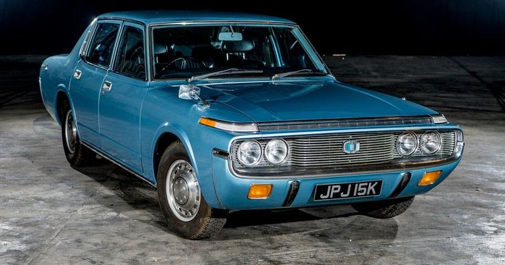 Barn Find 1972 Toyota Crown Returns On The Road After 25 Years Of Storage #Barn_Finds #Classics
