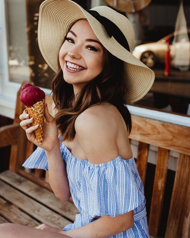 """156.9k Likes, 264 Comments - Meredith Foster (@meredithfoster) on Instagram: """"You + me 4ever """""""