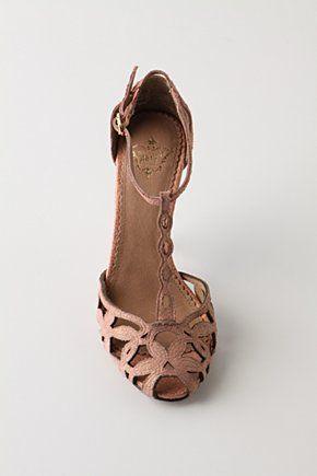 Perfect summer heel
