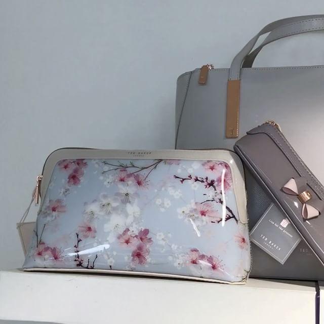 #johnandy #tedbaker #bags #shoes #accessories #00302109703888  https://www.john-andy.com/gr/brands/ted-baker.html?dir=asc&order=position