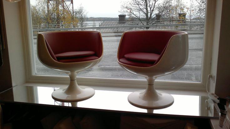 Eero Aarnio - cognac v.s.o.p, konjakki-tuoli. Newly upholstered by Anu-Riina