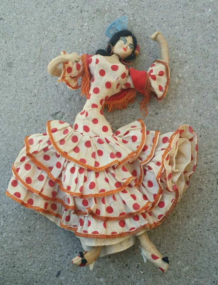 "Vintage 1950's Layna? Klumpe? Roldan? Cloth Doll ""dancer"" made in Spain."