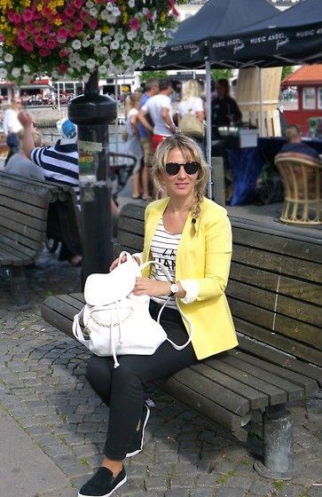 Get this look: http://lb.nu/look/8270917  More looks by Karolina Zajkowska: http://lb.nu/carolinez1  #backpack #plimsolls #yellow #stripes