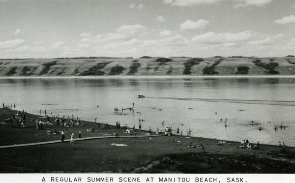 A Regular Summer Scene at Manitou Beach, Sask.   saskhistoryonline.ca