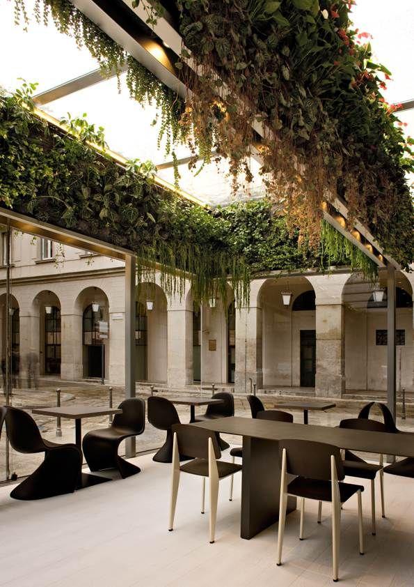 Caf Trussardi Milano Lombardia Italia