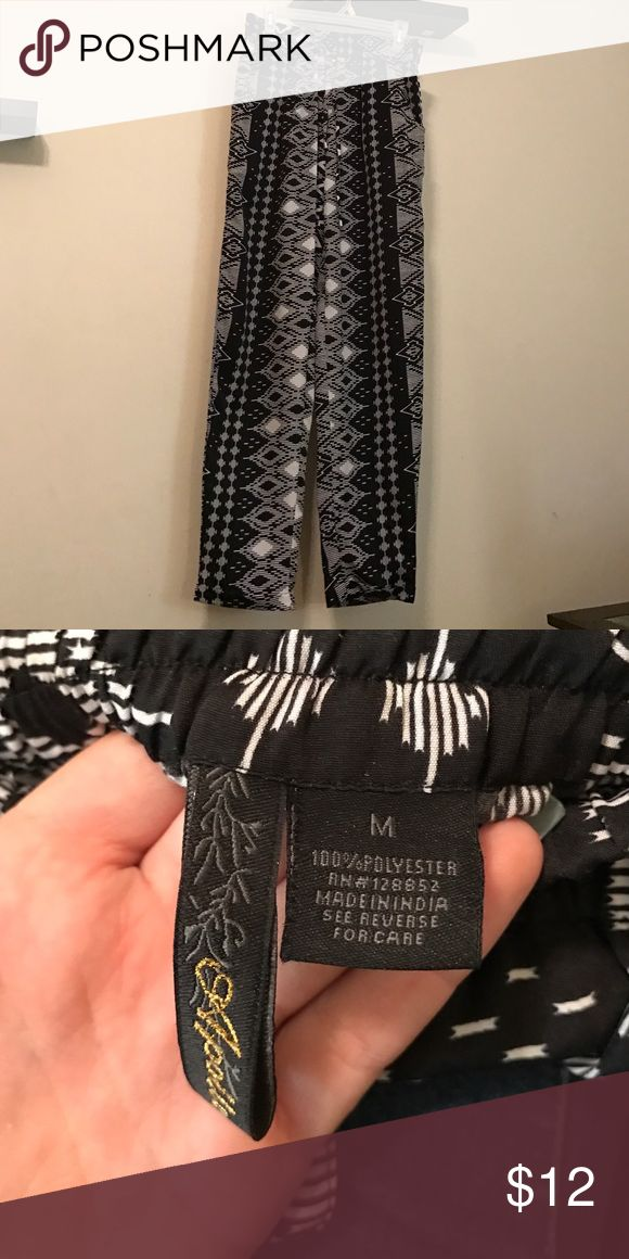 Aztec Pants Aztec printed pants never worn without tags. Best offer accepted. Pants Straight Leg