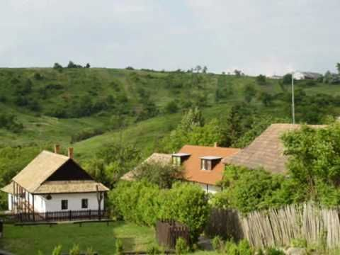 Hollókő and its surroundings