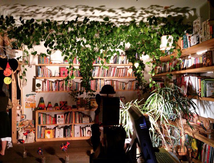 La libreria diventa un teatro.