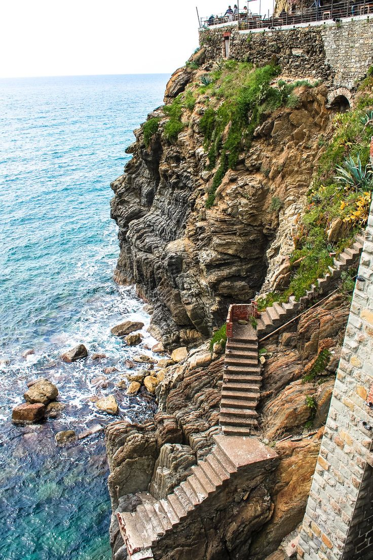 Riomaggiore in Cinque Terre, Italy - The Photo Diary! [1 of 5] - Hand Luggage Only - Travel, Food & Photography Blog