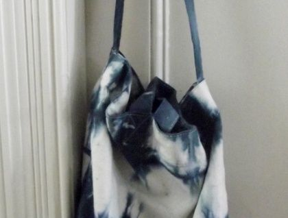 Cotton canvas tote bag in blue