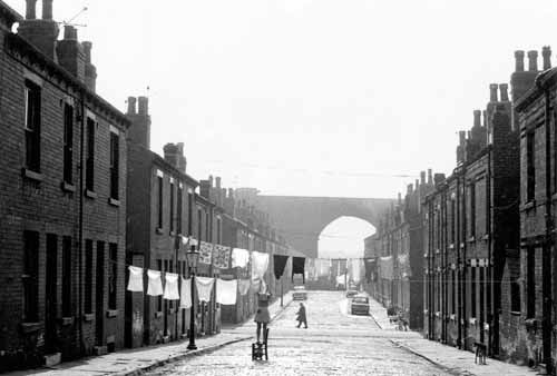 Lilian Street to Kirkstall Viaduct, 1969.