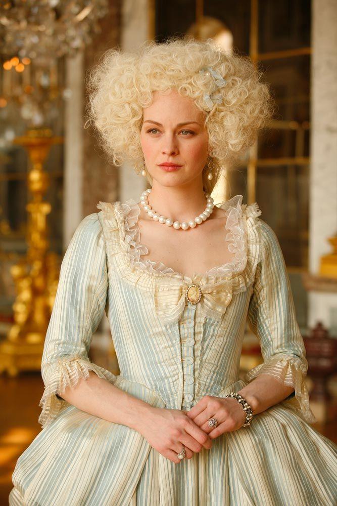 "tiny-librarian: ""Raphaëlle Agogué as Marie Antoinette in ""Louis XVI, l'homme qui ne voulait pas être roi"" (Louis XVI, the man who did not want to be king). """
