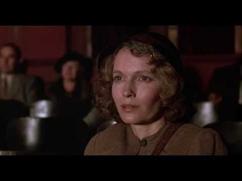One of my most favorite ending scenes ever. The Purple Rose of Cairo (1985)