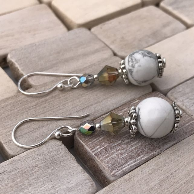 Howlite & Crystal Earrings £7.00
