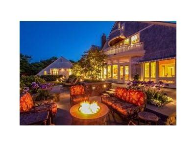 Picture perfect backyard patio, Rhode Island home