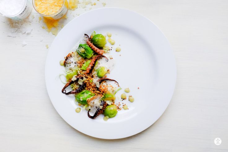 PULPO, BRUSSELS SPROUTS, CAULIFLOWER AND POPCORN QUINOA