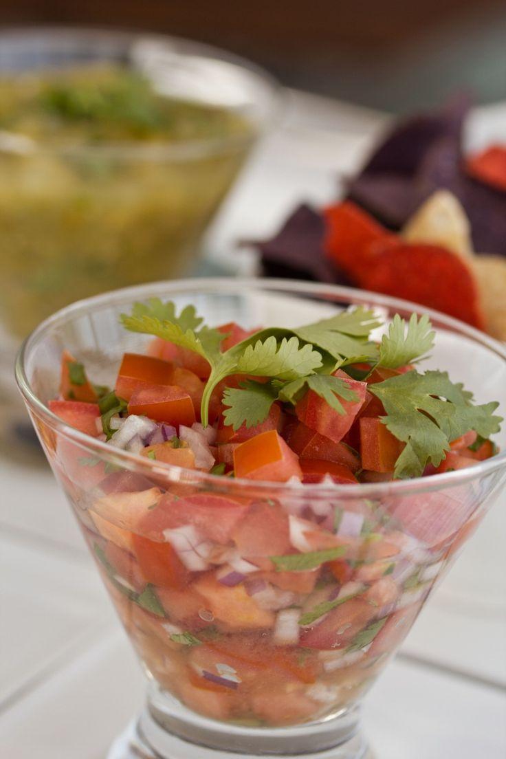 Pico de gallo, insalata di pomodori cipolla e coriandolo fresco, cibo messicano