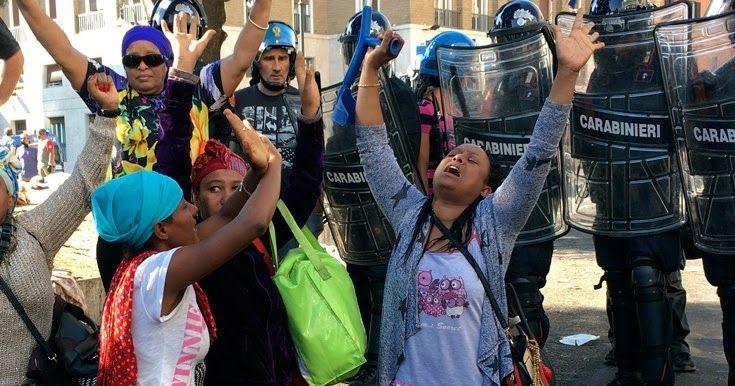 Σε διαμερίσματα οι πρόσφυγες που εκκενώθηκαν βίαια από πλατεία στη Ρώμη