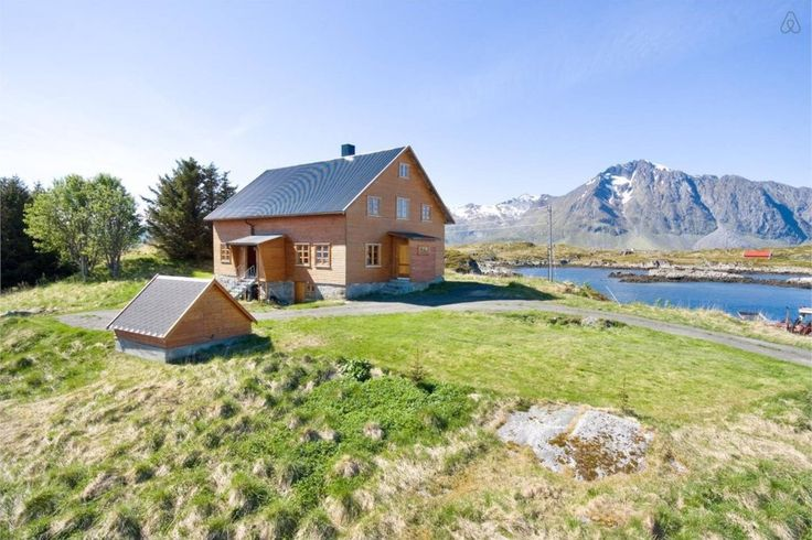 Borgvaag - On the Water in Lofoten - You can even surf there!
