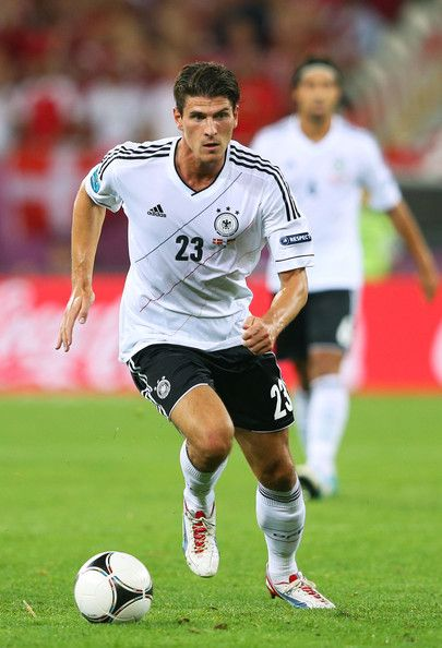 GÓMEZ, Mario | Forward | Bayer Munich (GER) | @MarioGomezG | Click on photo to view skills