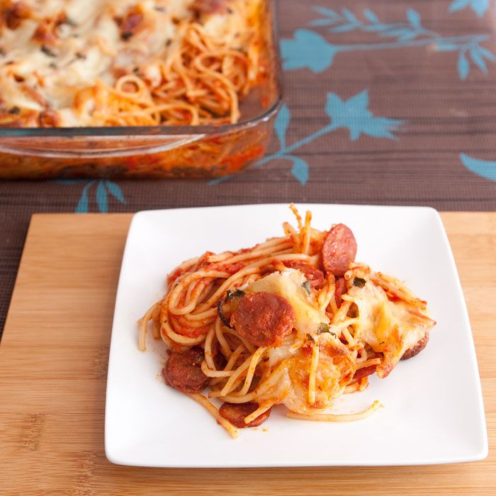 Spaghetti Pizza Bake #SundaySupper #HelpingHands | Small Wallet Big Appetite