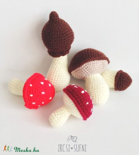 Meska - Horgolt gombák egy csomagban 5db ircsisufni kézművestől  #crochet #crochettoy #mushroom #toy