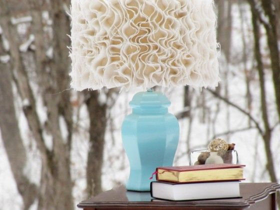 Burlap and hot glue. Could use any cotton scraps and old lamp shade.: Burlap Lamps Shades, Anthropology Inspiration, Bedrooms Lamps, Lampshades, Blue Lamps, Anthropologie Inspiration, Lamp Shades, Diy, Ruffles
