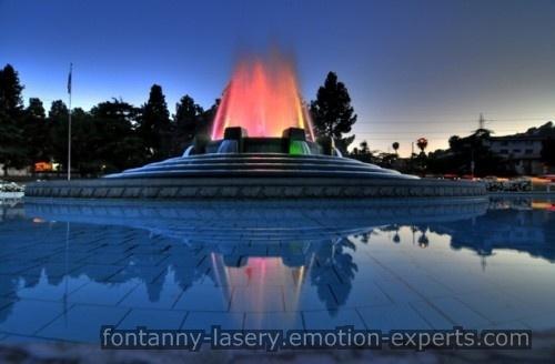 fontanny-lasery.emotion-experts.com Ekran wodny