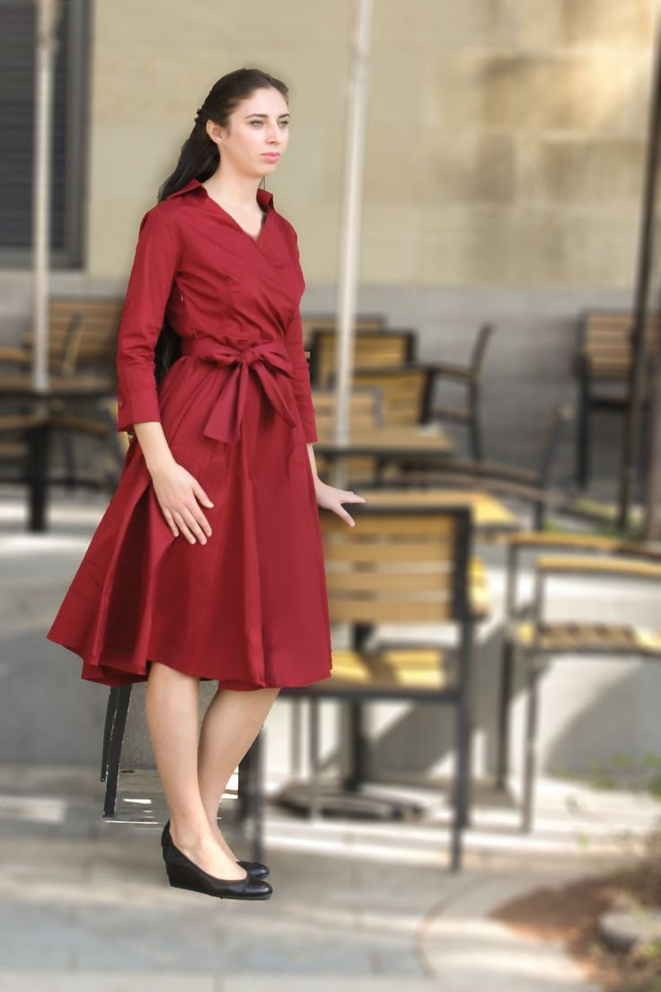 Vintage fit and flare midi dress available in wine, red, navy black S-