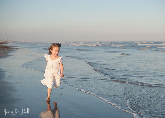how to take photographs at the beach tutorial by Jennifer Dell