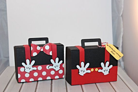 Mickey Mouse Casa Club maleta de viaje de por PaperletteDesigns