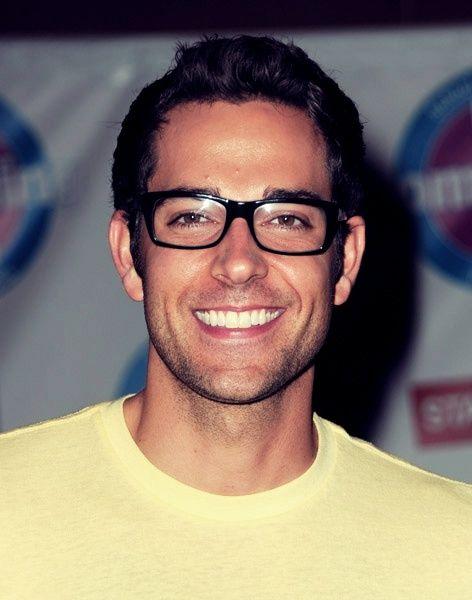 zachary levi, what a stinker! glasses+scruff=my kind of guy