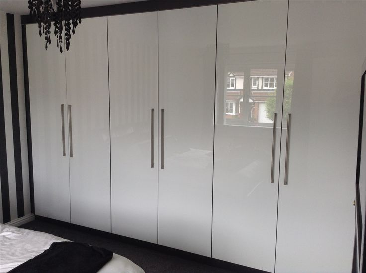 Acrylic Gloss White and Grey Trim 1.1