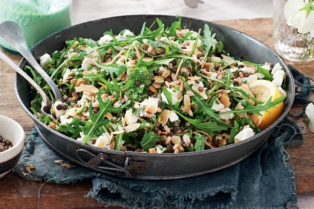 Farro, lentil and goat's cheese salad with avocado dressing. Try it yourself in her healthy farro, lentil and goat's cheese salad.
