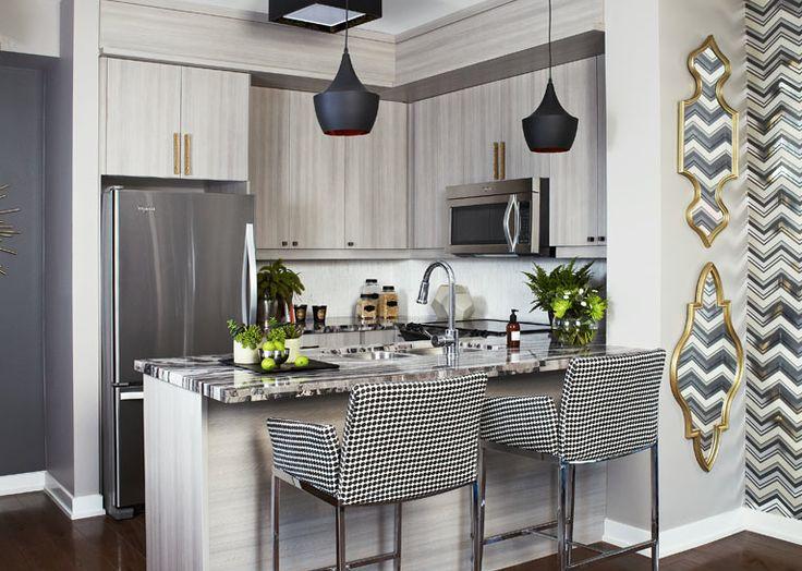Model suite Kitchen & bar stools
