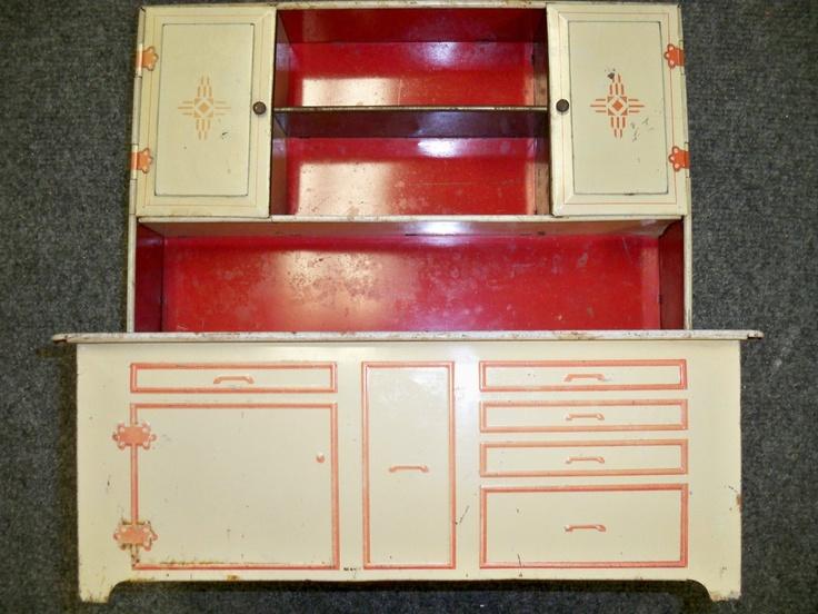 WOLVERINE CHILD'S TOY TIN HOOSIER CABINET: Hoosier Cabinets, Vintage Tins, Tins Toys, Children Toys, Toys Kitchens, Tins Hoosier, Vintage Toys, Toys Tins, Kids Toys