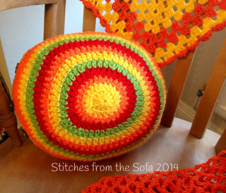 Crochet summer cushion