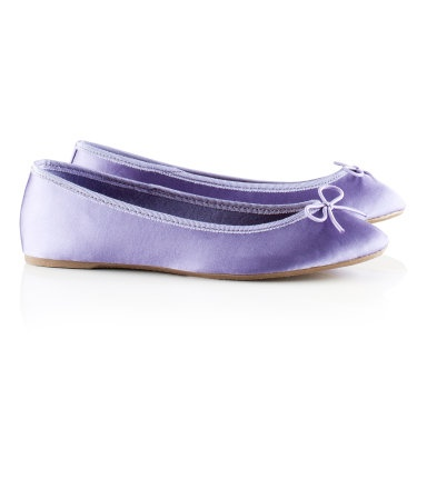 H&M ballet pumps with a grosgrain trim and a bow on the front.
