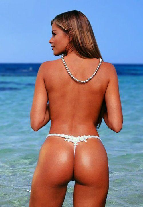 Sofia Vergara's Beach Body is RIDIC http://whycuzican.co/sofia-vergara-s-beach-body-is-ridic-1