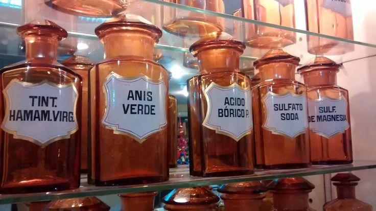lote de 18 frascos antiguos de farmacia cristal aleman