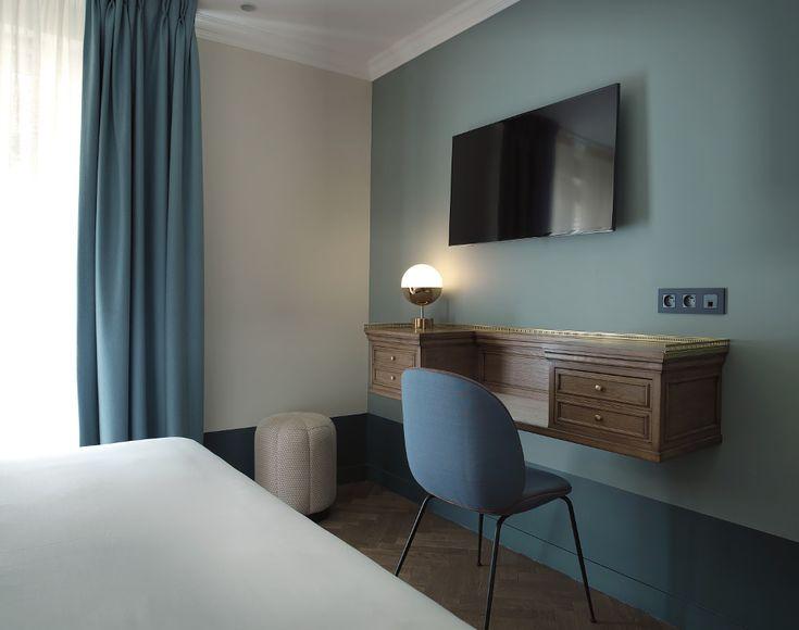 Voici l'Hôtel Bachaumont Paris, que nous souhaitons vous présenter lieu de résidence lors de la dernière Paris Design Week le temps d'une nuit.