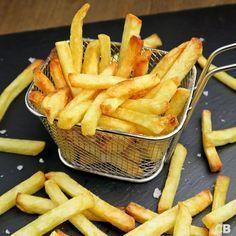 De allerlekkerste verse friet maak je zelf! In deze blog staat alles wat je moet weten over friet bakken. Meteen lezen en dan smullen!