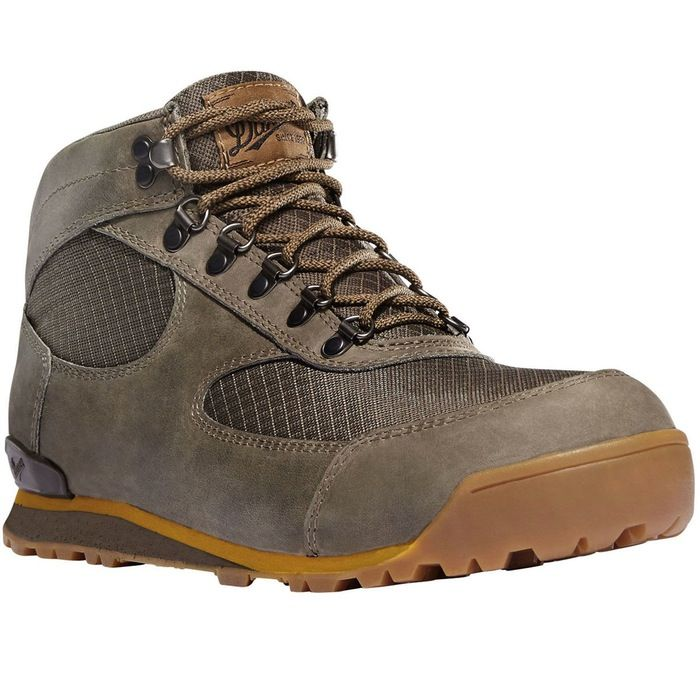 Women's Mountain Light Cascade Boot | Huckberry