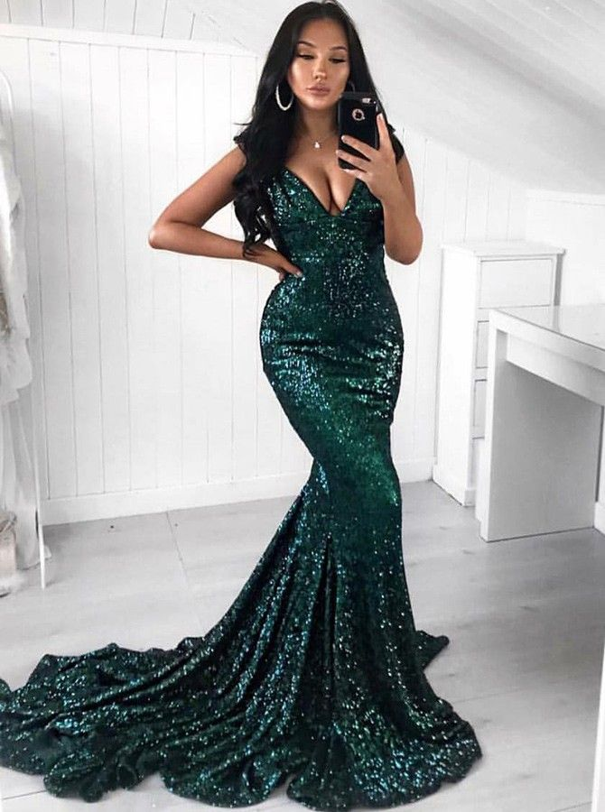 f5bf53abb77 Mermaid Sweep Train V-Neck Green Sequined Prom Dress. mermaidpromdresses   greenpromdress
