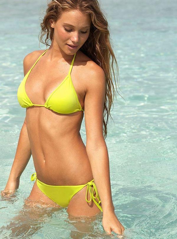 Hannah montana bikini model