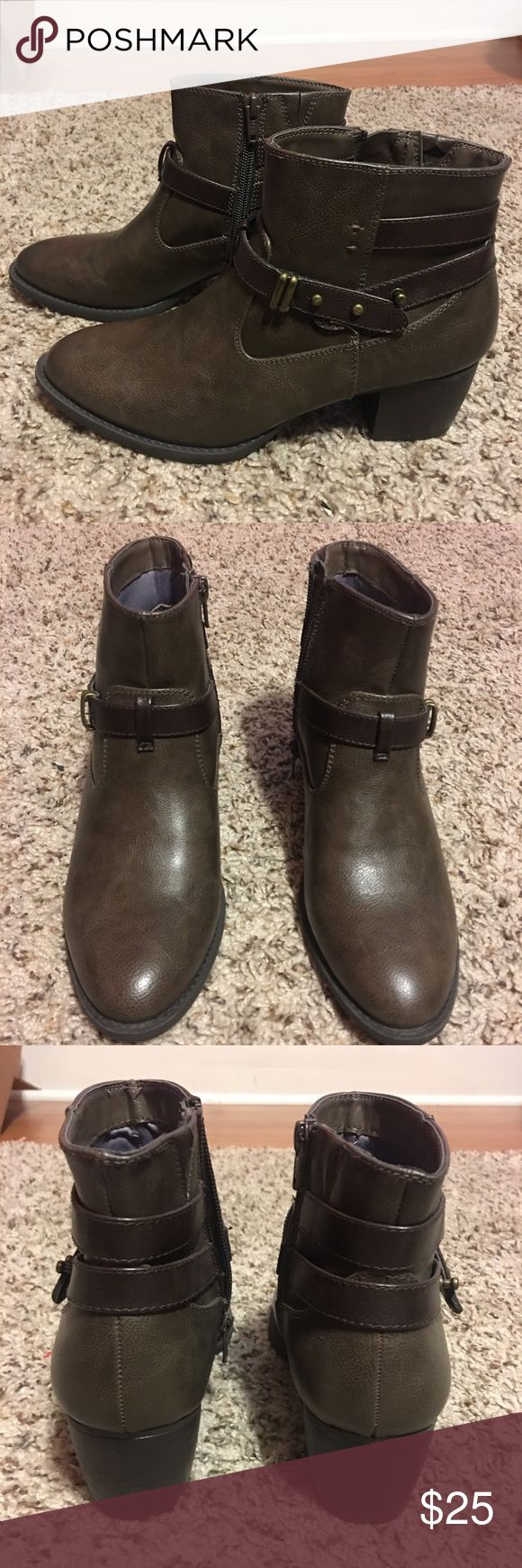 White Mountain Booties Brown White Mountain booties, excellent condition. Worn maybe once. No scratched, looks like never worn White Mountain Shoes Ankle Boots & Booties