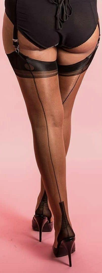 Полные колени в чулках — 6
