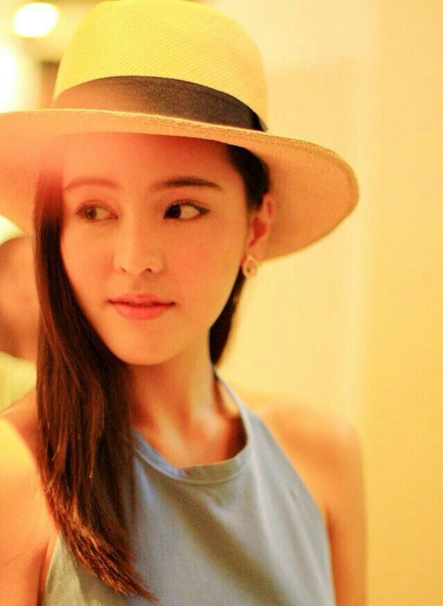 Aom sushar so beautiful :)