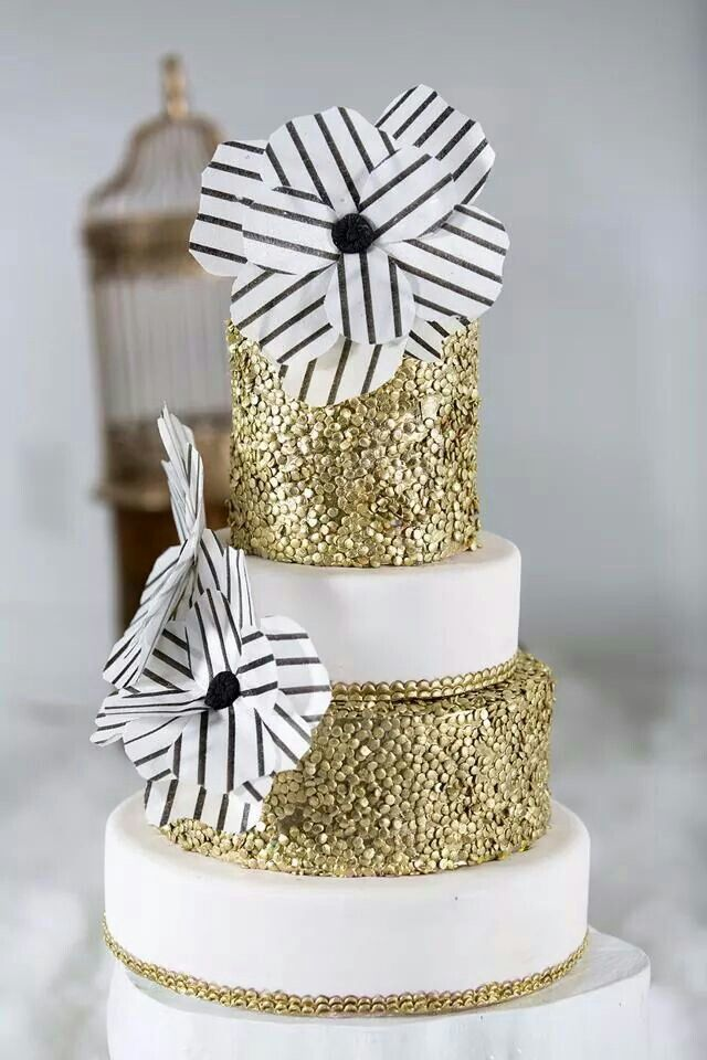 how to make a gold sequin cake